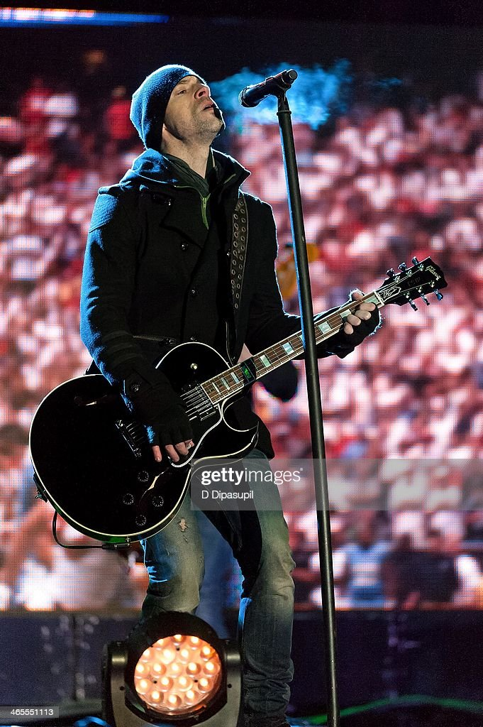 <a gi-track='captionPersonalityLinkClicked' href=/galleries/search?phrase=Chris+Daughtry&family=editorial&specificpeople=614842 ng-click='$event.stopPropagation()'>Chris Daughtry</a> performs on stage during the Super Bowl Kickoff Spectacular at Liberty State Park on January 27, 2014 in Jersey City, New Jersey.