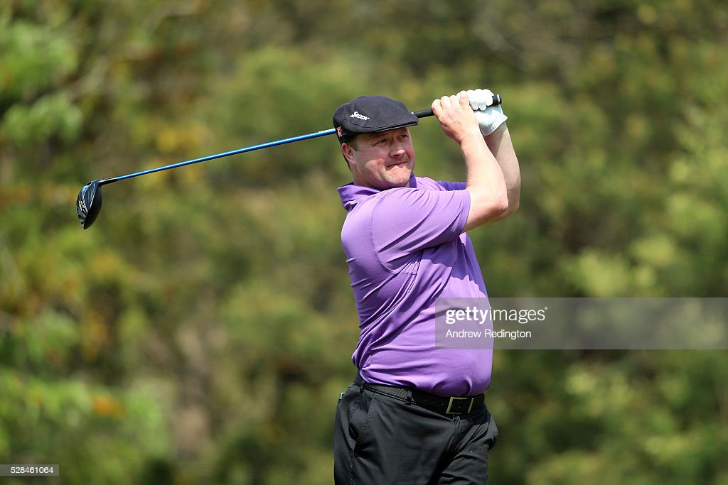 <a gi-track='captionPersonalityLinkClicked' href=/galleries/search?phrase=Chris+Doak+-+Golfspieler&family=editorial&specificpeople=10991765 ng-click='$event.stopPropagation()'>Chris Doak</a> of Scotland hits his tee shot on the 3rd during the first round of the Trophee Hassan II at Royal Golf Dar Es Salam on May 5, 2016 in Rabat, Morocco.