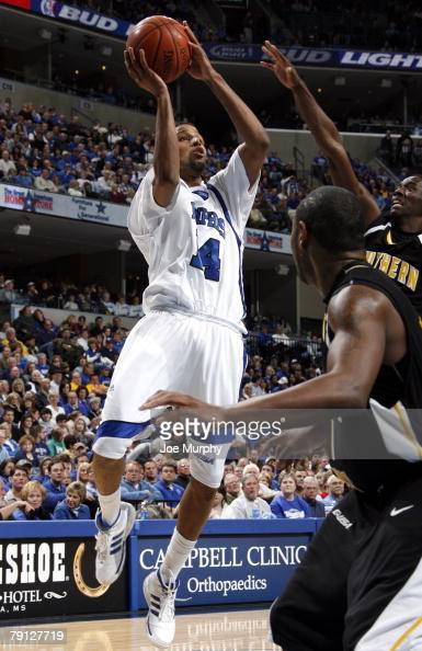 Chris DouglasRoberts of the Memphis Tigers shoots a running jumper against the Southern Miss Golden Eagles at FedExForum January 19 2008 in Memphis...