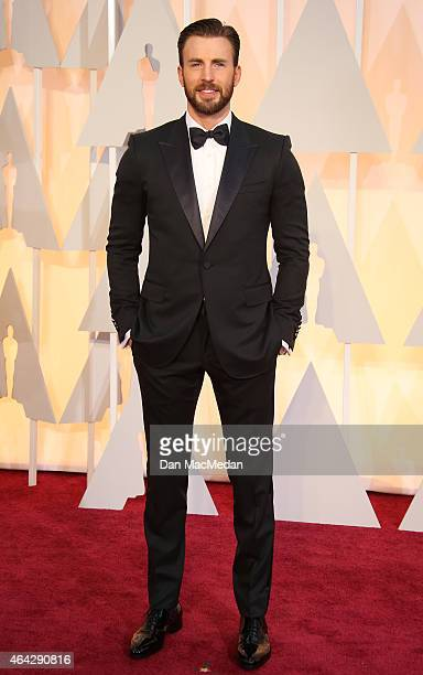 Chris Evans arrives at the 87th Annual Academy Awards at Hollywood Highland Center on February 22 2015 in Los Angeles California