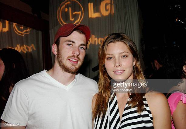Chris Evans Jessica Biel helped LG Mobile Phones celebrate Sirens Sailors fashion show and cocktail reception *Exclusive*