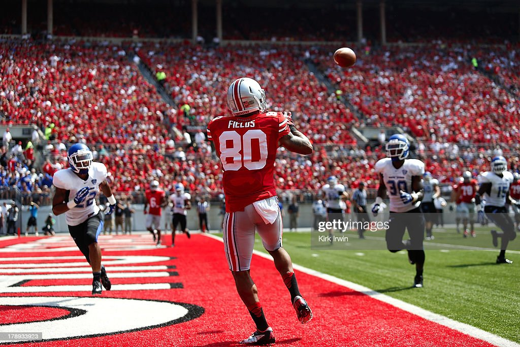 Chris Fields #80 of the Ohio State Buckeyes catches a touchdown pass during the first quarter against the Buffalo Bulls on August 31, 2013 at Ohio Stadium in Columbus, Ohio.