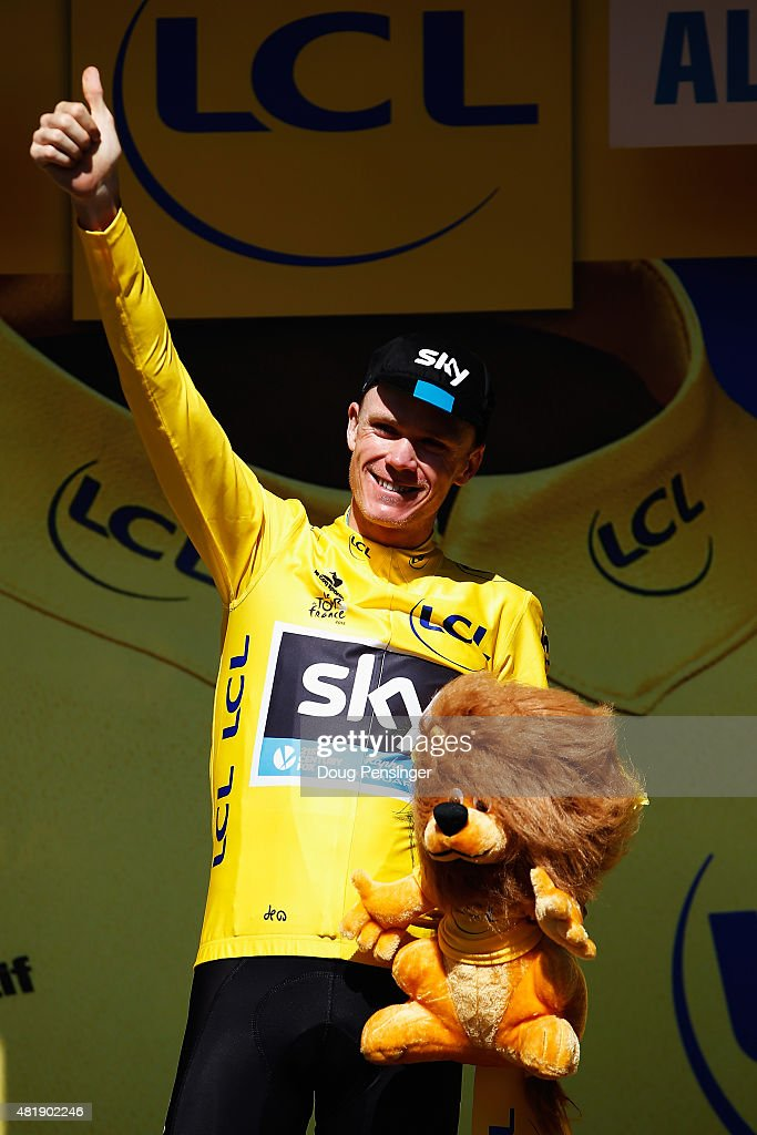 L'ALPE D'HUEZ, FRANCE - JULY 25: <a gi-track='captionPersonalityLinkClicked' href=/galleries/search?phrase=Chris+Froome&family=editorial&specificpeople=5428054 ng-click='$event.stopPropagation()'>Chris Froome</a> of Great Britain and Team SKY celebrates after retaining the overall leaders yellow jersey after the twentieth stage of the 2015 Tour de France, a 110.5 km stage between Modane Valfrejus and L'Alpe d'Huez on July 25, 2015 in L'Alpe d'Huez, France.