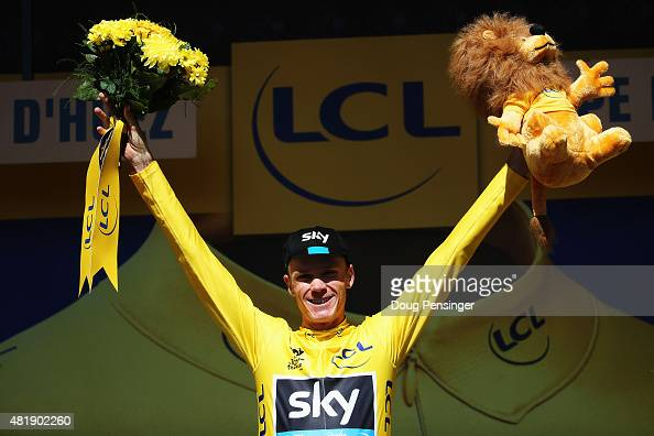 L'ALPE D'HUEZ FRANCE JULY 25 Chris Froome of Great Britain and Team SKY celebrates after retaining the overall leaders yellow jersey after the...