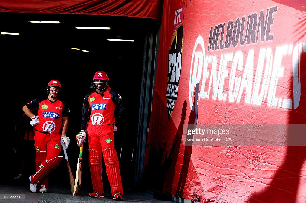 <a gi-track='captionPersonalityLinkClicked' href=/galleries/search?phrase=Chris+Gayle+-+Cricket+Player&family=editorial&specificpeople=206191 ng-click='$event.stopPropagation()'>Chris Gayle</a> (R) and <a gi-track='captionPersonalityLinkClicked' href=/galleries/search?phrase=Aaron+Finch+-+Cricket+Player&family=editorial&specificpeople=724040 ng-click='$event.stopPropagation()'>Aaron Finch</a> of the Renegades prepare to walk out to open the batting during the Big Bash League match between the Melbourne Renegades and the Perth Scorchers at Etihad Stadium on December 30, 2015 in Melbourne, Australia.