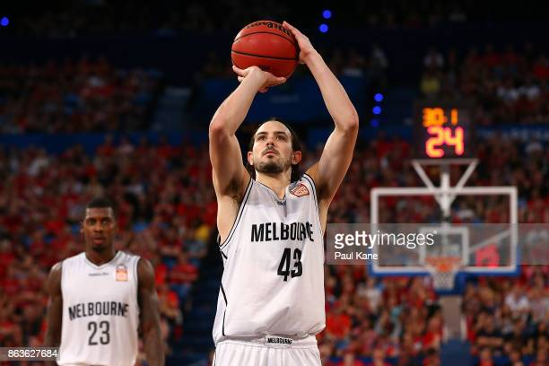 Chris Goulding of United shoots a free throw during the round three NBL match between the Perth Wildcats and Melbourne United at Perth Arena on...