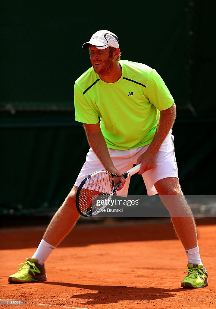 <a gi-track='captionPersonalityLinkClicked' href=/galleries/search?phrase=Chris+Guccione+-+Tennisspieler&family=editorial&specificpeople=217596 ng-click='$event.stopPropagation()'>Chris Guccione</a> of Australia in action next to his partner James Duckworth of Australia during their men's doubles match against Daniel Nestor of Canada and Leander Paes of India during day four of the 2015 French Open at Roland Garros on May 27, 2015 in Paris, France.