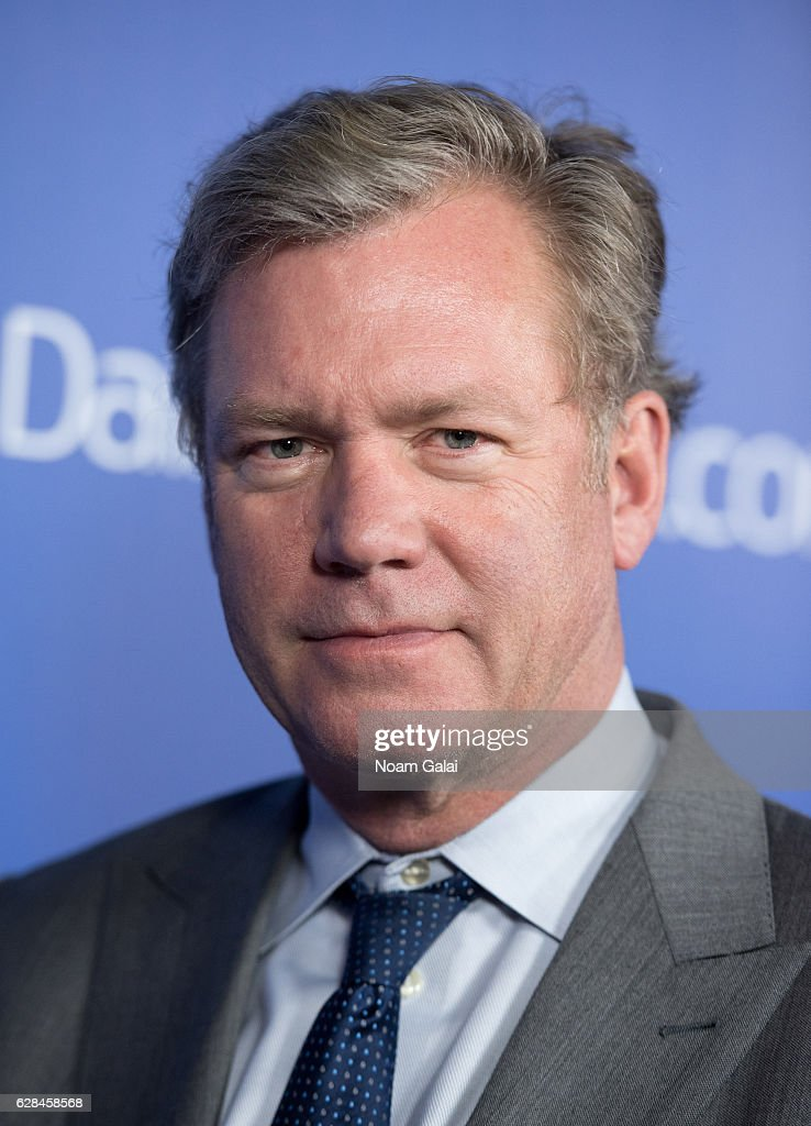 Chris Hansen attends the DailyMail.com and Elite Daily holiday party at Vandal on December 7, 2016 in New York City.
