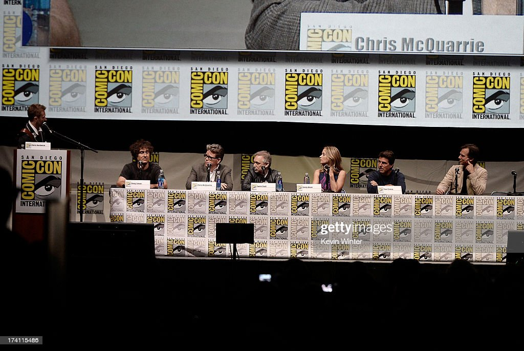 Chris Hardwick, director Doug Liman, writer Chris McQuarrie, producer Erwin Stoff, actors Emily Blunt, Tom Cruise, and Bill Paxton speak onstage at the Warner Bros. and Legendary Pictures preview of 'Edge Of Tomorrow' during Comic-Con International 2013 at San Diego Convention Center on July 20, 2013 in San Diego, California.