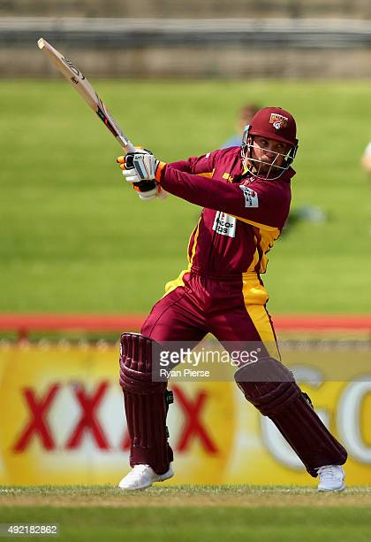 Chris Hartley of the Bulls bats during the Matador BBQs One Day Cup match between South Australia and Queensland at North Sydney Oval on October 11...