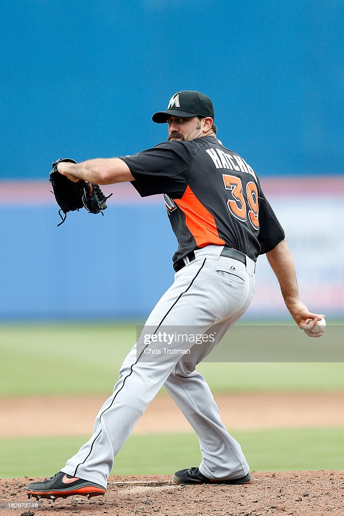 Chris Hatcher #39 of the Miami Marlins ptiches against the New York Mets at Tradition Field on March 2, 2013 in Port St. Lucie, Florida.