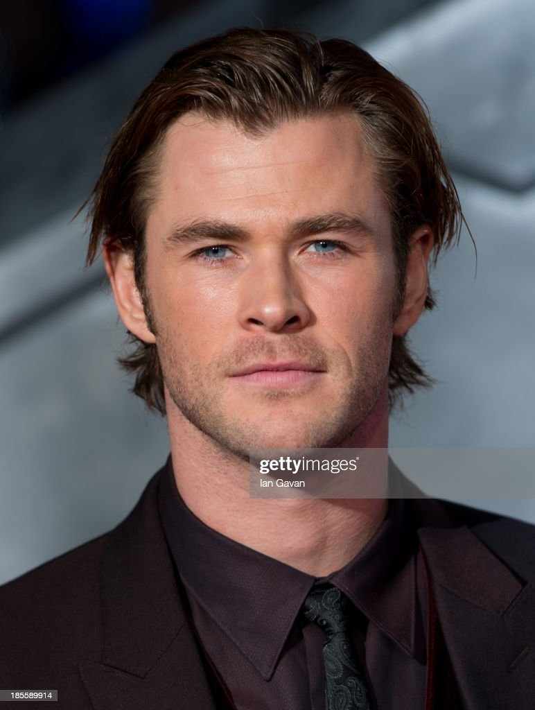 <a gi-track='captionPersonalityLinkClicked' href=/galleries/search?phrase=Chris+Hemsworth&family=editorial&specificpeople=646776 ng-click='$event.stopPropagation()'>Chris Hemsworth</a> attends the World Premiere of 'Thor: The Dark World' at Odeon Leicester Square on October 22, 2013 in London, England.