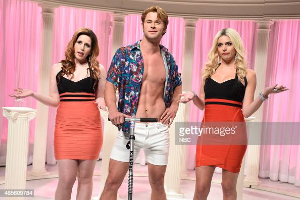 LIVE 'Chris Hemsworth' Episode 1677 Pictured Vanessa Bayer Chris Hemsworth as Dong Juan de Dark Hole and Cecily Strong during the 'Dolce Gabbana'...