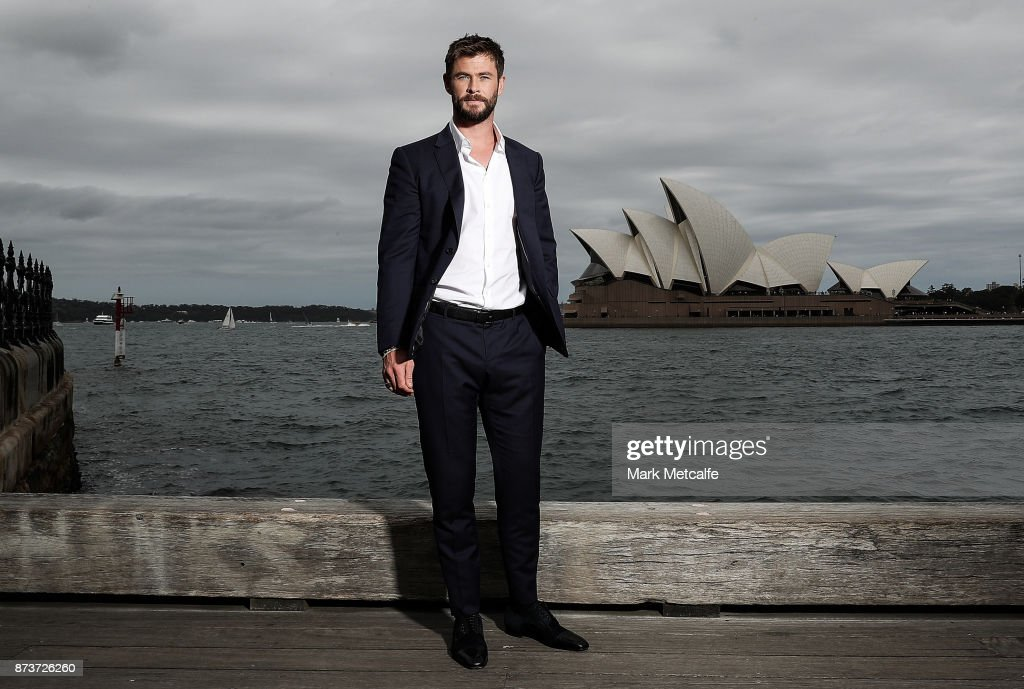 Chris Hemsworth poses during a photo call for Thor: Ragnarok on October 15, 2017 in Sydney, Australia.