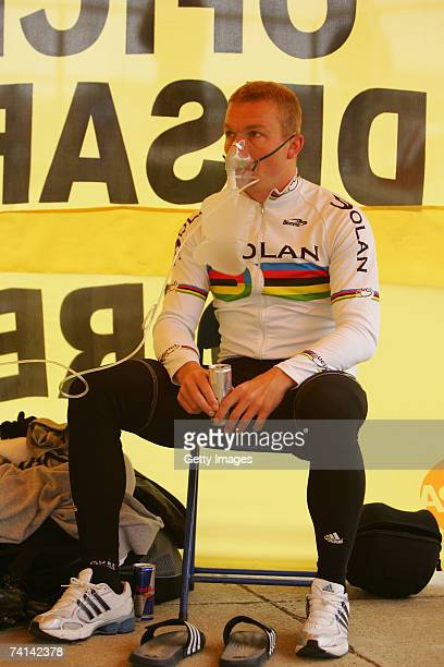 Chris Hoy of Great Britain with a can of Red Bull takes on oxygen before his failed attempt to break the World 1 Kilometre Altitude Record at the...