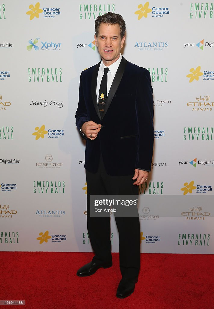 Chris Isaak arrives ahead of Cancer Council Australia's Emeralds & Ivy Gala Ball at Sydney Town Hall on October 9, 2015 in Sydney, Australia.