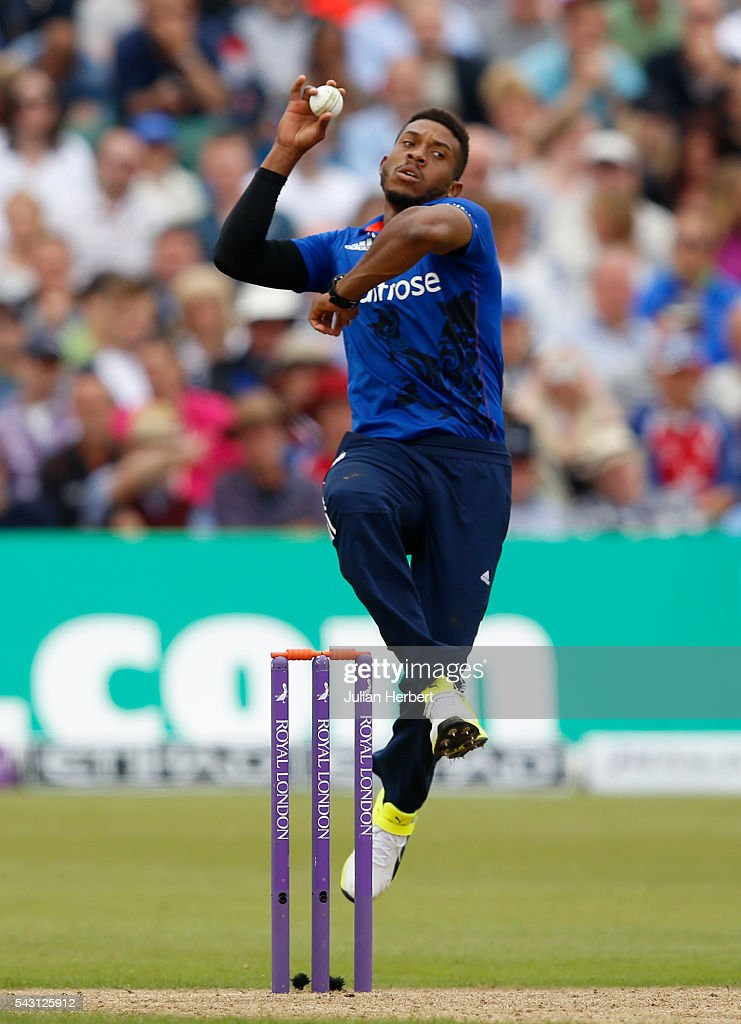 Chris Jordan of England bowls during The 3rd ODI Royal London One-Day match between England and Sri Lanka at The County Ground on June 26, 2016 in Bristol, England.