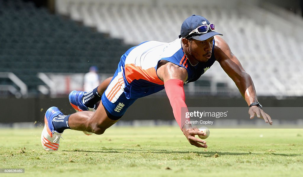 <a gi-track='captionPersonalityLinkClicked' href=/galleries/search?phrase=Chris+Jordan+-+Cricket+Player&family=editorial&specificpeople=12855183 ng-click='$event.stopPropagation()'>Chris Jordan</a> of England catches during a nets session at Bidvest Stadium on February 11, 2016 in Johannesburg, South Africa.