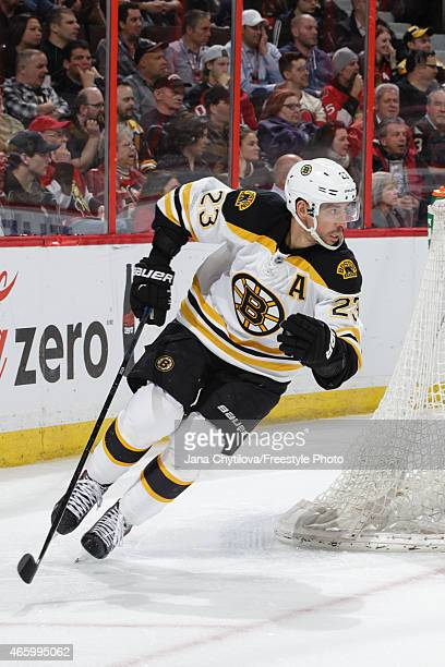 Chris Kelly of the Boston Bruins skates against the Ottawa Senators at Canadian Tire Centre on March 10 2015 in Ottawa Ontario Canada