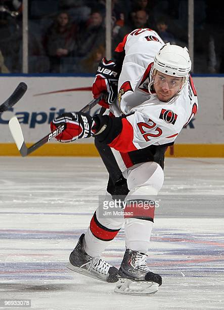 Chris Kelly of the Ottawa Senators skates against the New York Islanders on February 14 2010 at Nassau Coliseum in Uniondale New York