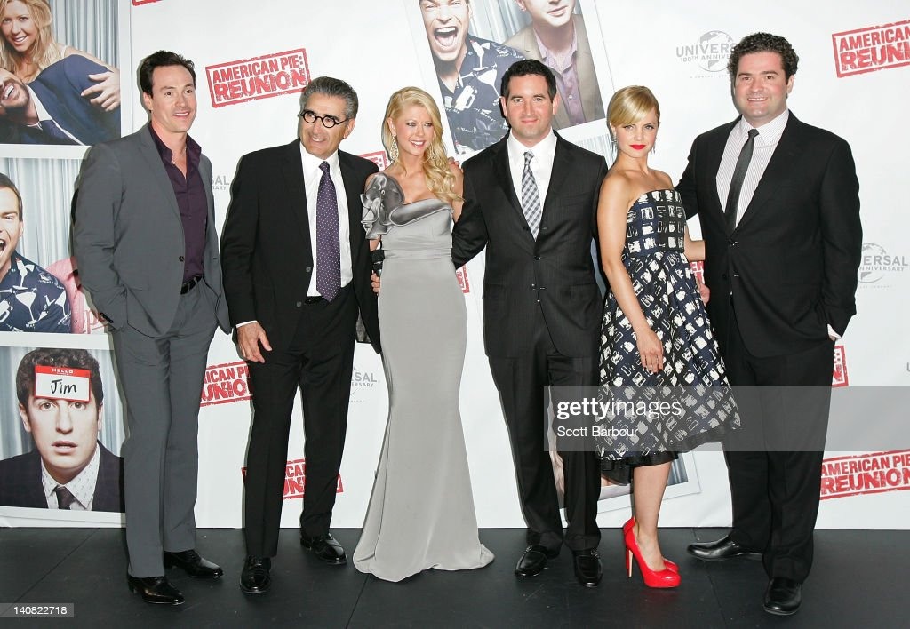 Chris Klein, <a gi-track='captionPersonalityLinkClicked' href=/galleries/search?phrase=Eugene+Levy&family=editorial&specificpeople=215201 ng-click='$event.stopPropagation()'>Eugene Levy</a>, <a gi-track='captionPersonalityLinkClicked' href=/galleries/search?phrase=Tara+Reid&family=editorial&specificpeople=202160 ng-click='$event.stopPropagation()'>Tara Reid</a>, Hayden Schlossberg, <a gi-track='captionPersonalityLinkClicked' href=/galleries/search?phrase=Mena+Suvari&family=editorial&specificpeople=156413 ng-click='$event.stopPropagation()'>Mena Suvari</a> and Jon Hurwitz arrive at the Australian premiere of 'American Pie: Reunion' on March 7, 2012 in Melbourne, Australia.