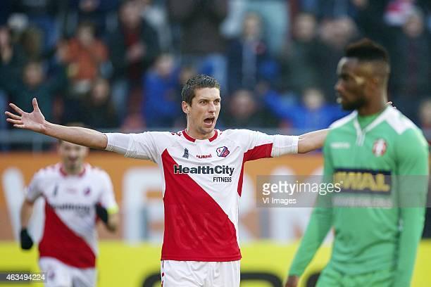 Chris Kum of FC Utrecht Fernando Lewis of FC Dordrecht during the Dutch Eredivisie match between FC Utrecht and FC Dordrecht at the Galgenwaard...