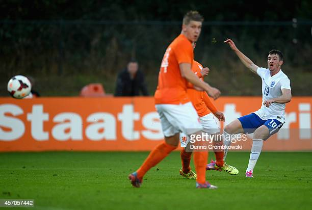 Chris Long of England scores the first goal during the International Under 20 Tournament match between U20 Netherlands and U20 England at Sportpark...