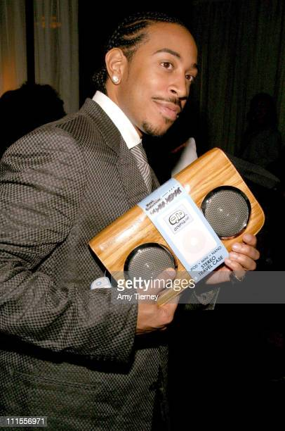 Chris 'Ludacris' Bridges with a Lifepod bag during The 37th Annual NAACP Image Awards Gift Suite in Los Angeles California United States