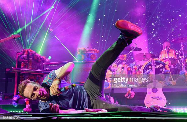 Chris Martin from Coldplay performs on stage during the Sentebale Concert at Kensington Palace on June 28 2016 in London England Sentebale was...