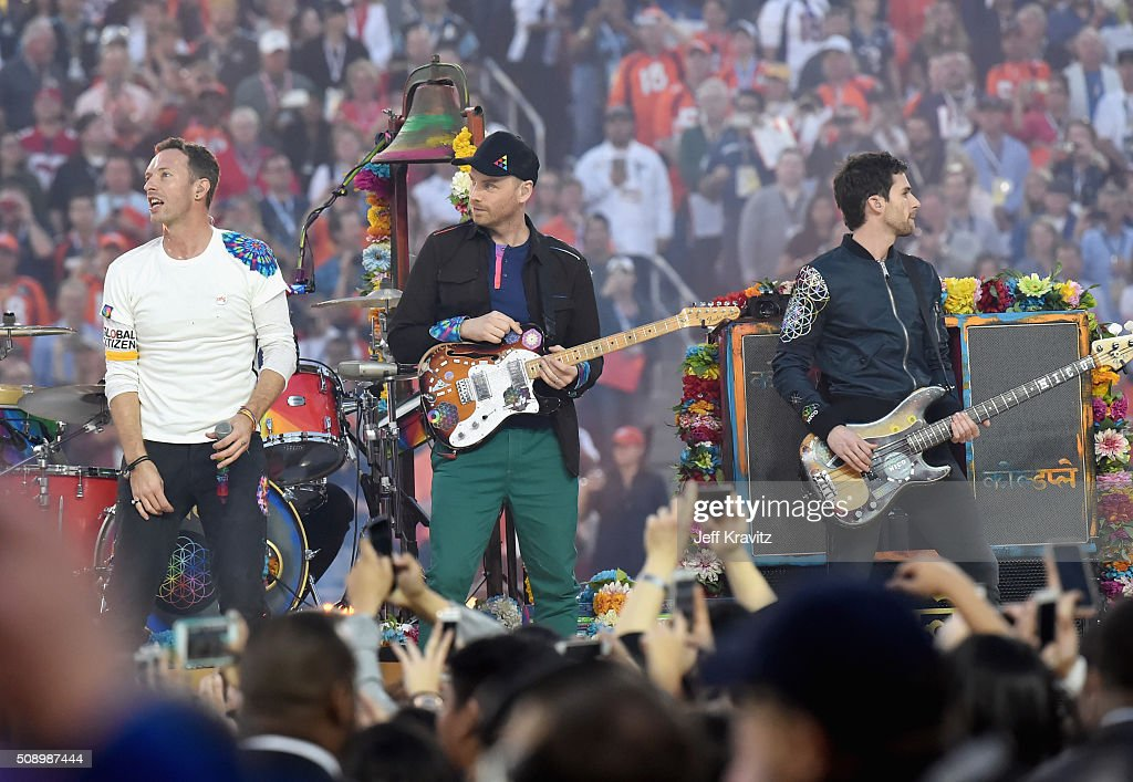 <a gi-track='captionPersonalityLinkClicked' href=/galleries/search?phrase=Chris+Martin+-+Musician&family=editorial&specificpeople=4468181 ng-click='$event.stopPropagation()'>Chris Martin</a>, Jonny Buckland and <a gi-track='captionPersonalityLinkClicked' href=/galleries/search?phrase=Guy+Berryman&family=editorial&specificpeople=240270 ng-click='$event.stopPropagation()'>Guy Berryman</a> of Coldplay perform onstage during the Pepsi Super Bowl 50 Halftime Show at Levi's Stadium on February 7, 2016 in Santa Clara, California.