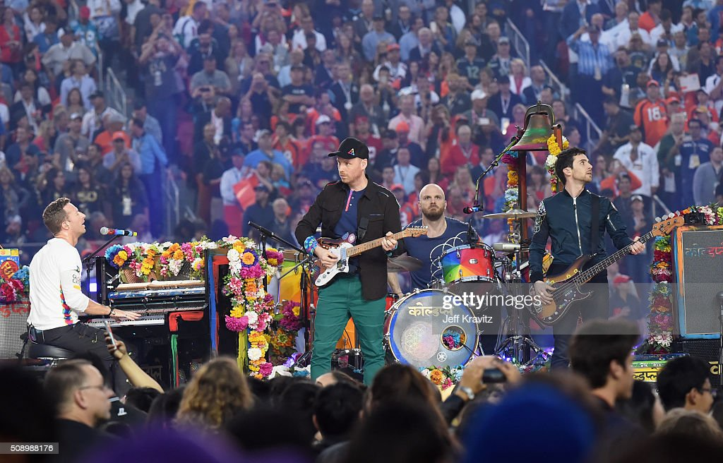 <a gi-track='captionPersonalityLinkClicked' href=/galleries/search?phrase=Chris+Martin+-+Musician&family=editorial&specificpeople=4468181 ng-click='$event.stopPropagation()'>Chris Martin</a>, <a gi-track='captionPersonalityLinkClicked' href=/galleries/search?phrase=Jonny+Buckland&family=editorial&specificpeople=235773 ng-click='$event.stopPropagation()'>Jonny Buckland</a>, <a gi-track='captionPersonalityLinkClicked' href=/galleries/search?phrase=Will+Champion&family=editorial&specificpeople=750771 ng-click='$event.stopPropagation()'>Will Champion</a> and <a gi-track='captionPersonalityLinkClicked' href=/galleries/search?phrase=Guy+Berryman&family=editorial&specificpeople=240270 ng-click='$event.stopPropagation()'>Guy Berryman</a> of Coldplay perform onstage during the Pepsi Super Bowl 50 Halftime Show at Levi's Stadium on February 7, 2016 in Santa Clara, California.