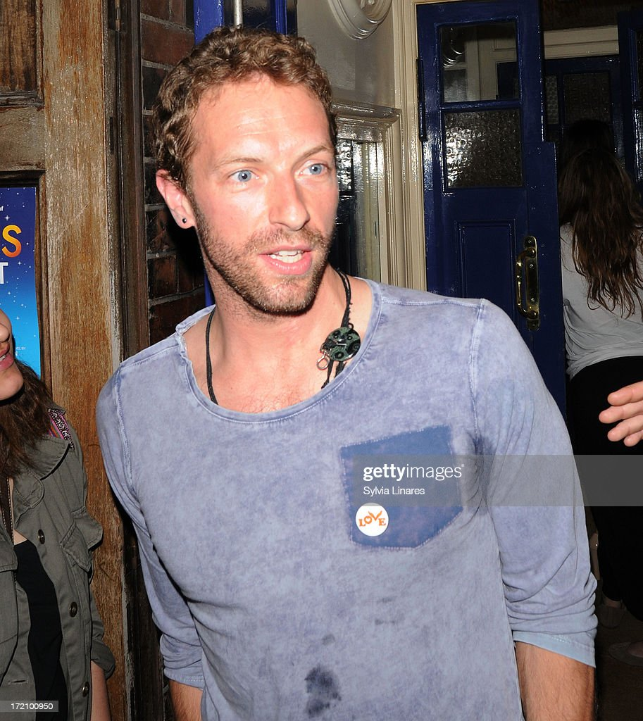 <a gi-track='captionPersonalityLinkClicked' href=/galleries/search?phrase=Chris+Martin+-+Musician&family=editorial&specificpeople=4468181 ng-click='$event.stopPropagation()'>Chris Martin</a> leaving Apollo Theatre on July 1, 2013 in London, England.