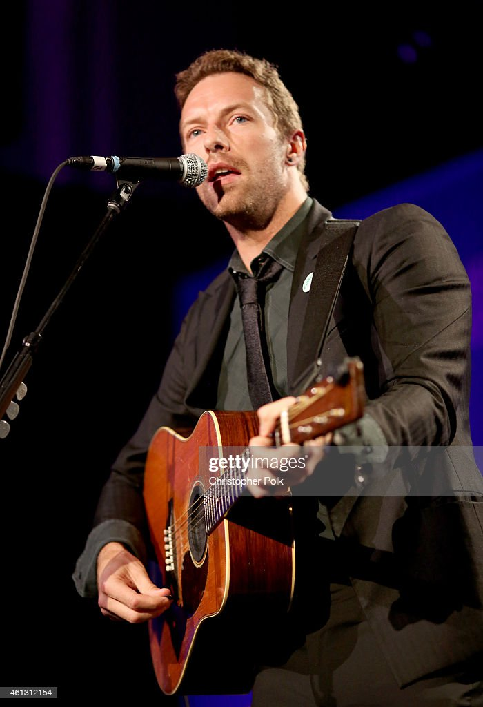 Chris Martin of Coldplay performs at the 4th Annual Sean Penn Friends HELP HAITI HOME Gala Benefiting J/P Haitian Relief Organization on January 10...