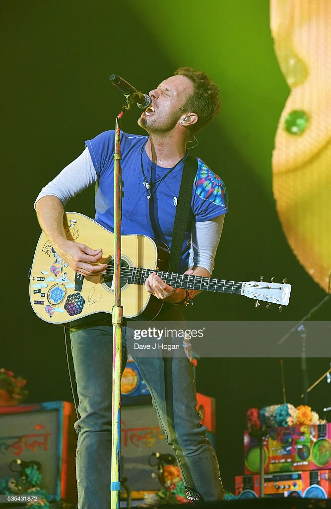 <a gi-track='captionPersonalityLinkClicked' href=/galleries/search?phrase=Chris+Martin+-+Musician&family=editorial&specificpeople=4468181 ng-click='$event.stopPropagation()'>Chris Martin</a> of Coldplay performs during day 2 of BBC Radio 1's Big Weekend at Powderham Castle on May 29, 2016 in Exeter, England.