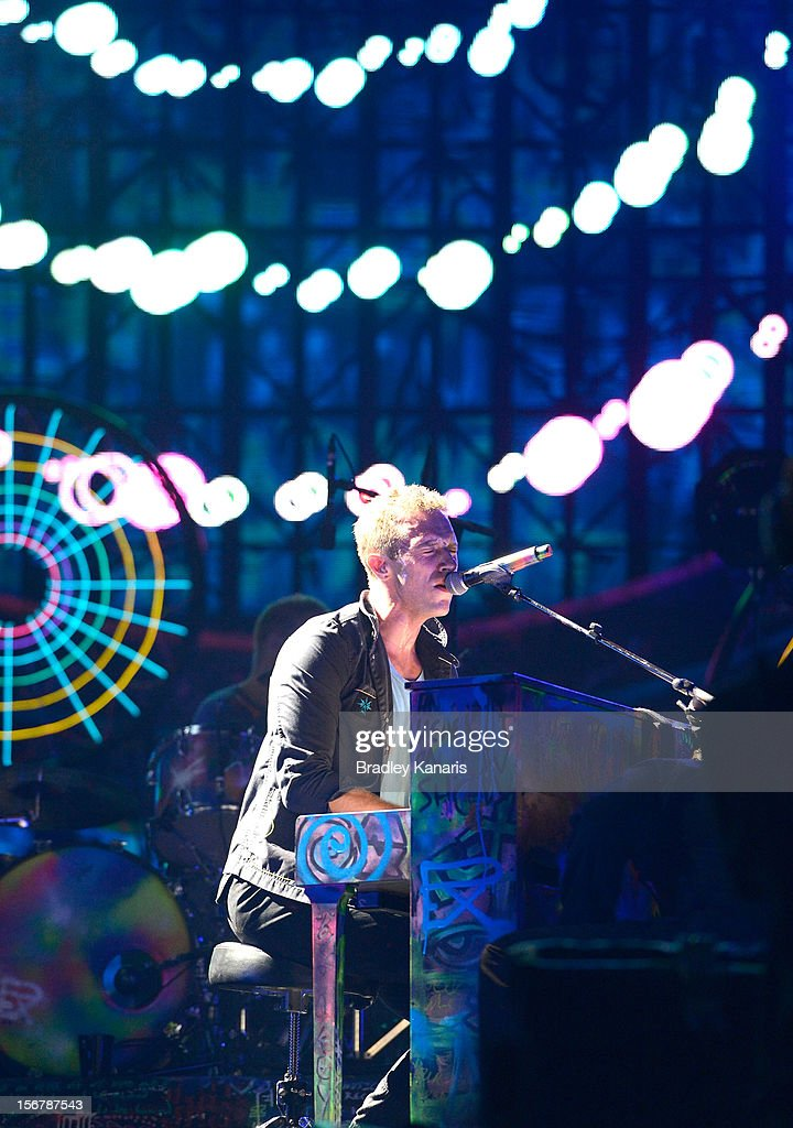 Chris Martin of Coldplay performs live for fans at Suncorp Stadium on November 21, 2012 in Brisbane, Australia.