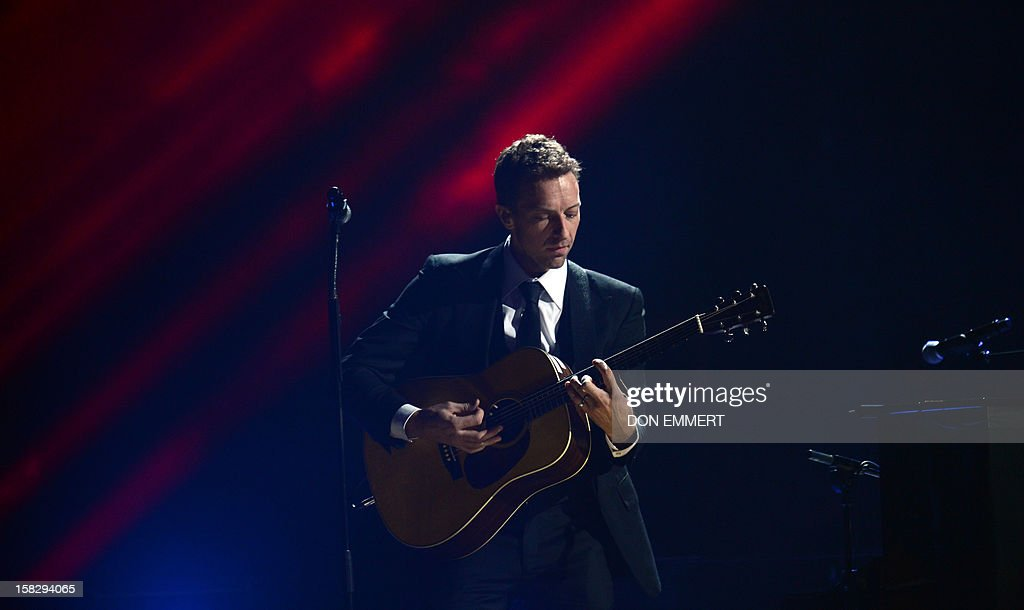 Chris Martin performs during '12-12-12 ~ The Concert For Sandy Relief' December 12, 2012 at Madison Square Garden in New York. AFP PHOTO/DON EMMERT