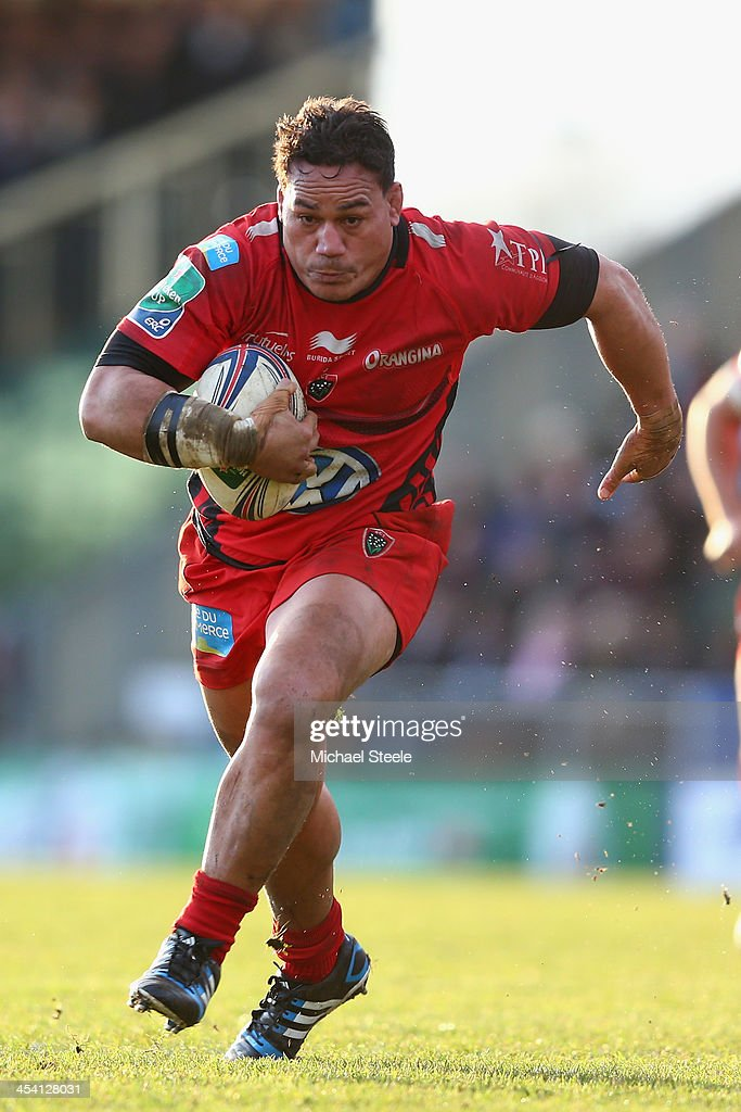 <a gi-track='captionPersonalityLinkClicked' href=/galleries/search?phrase=Chris+Masoe&family=editorial&specificpeople=540337 ng-click='$event.stopPropagation()'>Chris Masoe</a> of Toulon during the Heineken Cup Pool Two match between Exeter Chiefs and Toulon at Sandy Park on December 7, 2013 in Exeter, England.
