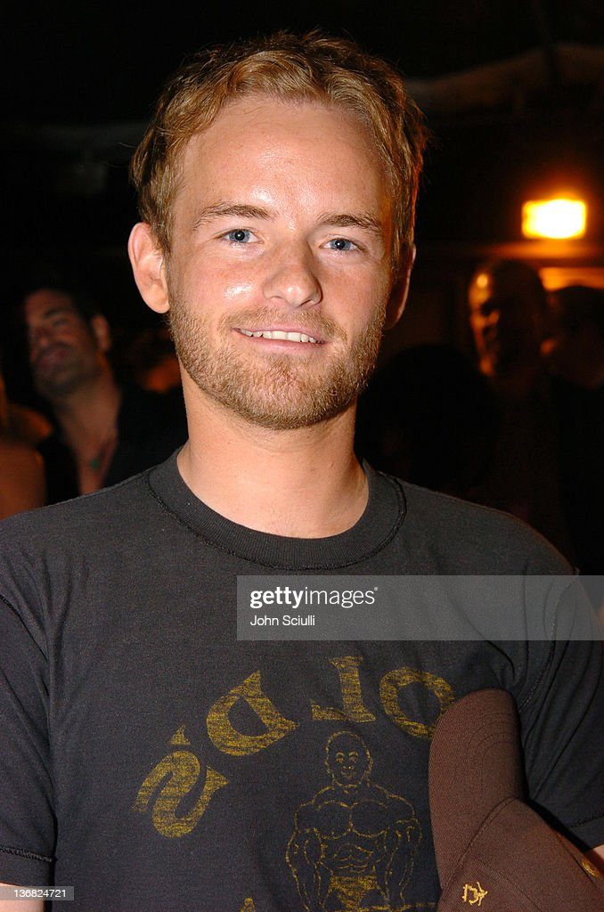 christopher masterson twitter