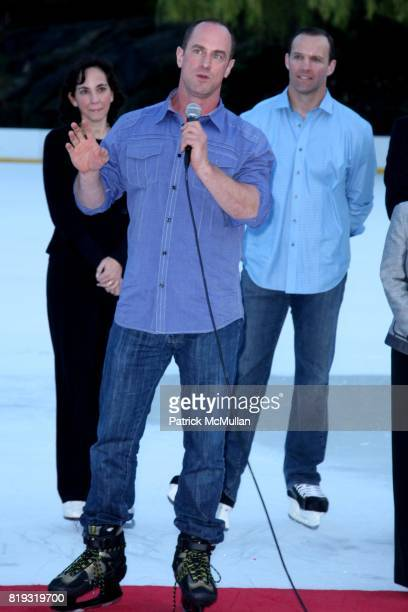 Chris Meloni attends The 2010 SKATING WITH THE STARS A Benefit Gala for FIGURE SKATING IN HARLEM at Wollman Rink on April 5 2010 in New York City