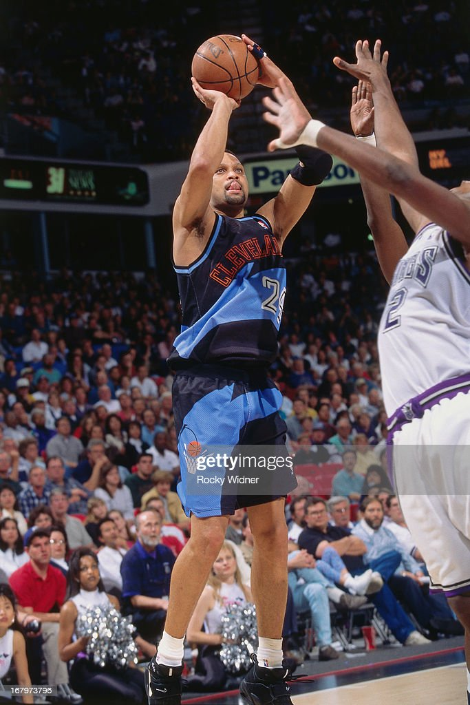 Chris Mills of the Cleveland Cavaliers shoots the ball against the Sacramento Kings during a game played on March 31 1996 at Arco Arena in Sacramento...