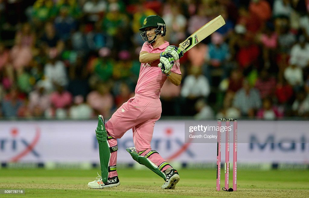 <a gi-track='captionPersonalityLinkClicked' href=/galleries/search?phrase=Chris+Morris+-+Cricket+Player&family=editorial&specificpeople=14920039 ng-click='$event.stopPropagation()'>Chris Morris</a> of South Africa bats during the 4th Momentum ODI between South Africa and England at Bidvest Wanderers Stadium on February 12, 2016 in Johannesburg, South Africa.