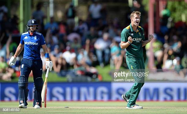 Chris Morris of South Africa celebrates dismissing Joe Root of England during the 1st Momentum ODI match between South Africa and England at Mangaung...
