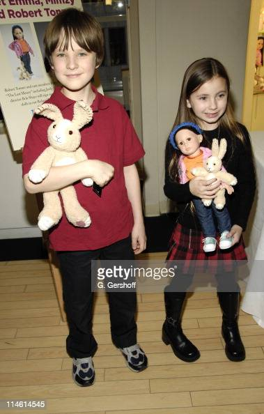Chris O'Neil and Rhiannon Leigh Wryn during FAO Celebrates 'The Last Mimzy' with Doll Signing and Star Appearances March 19 2007 at FAO Schwarz in...