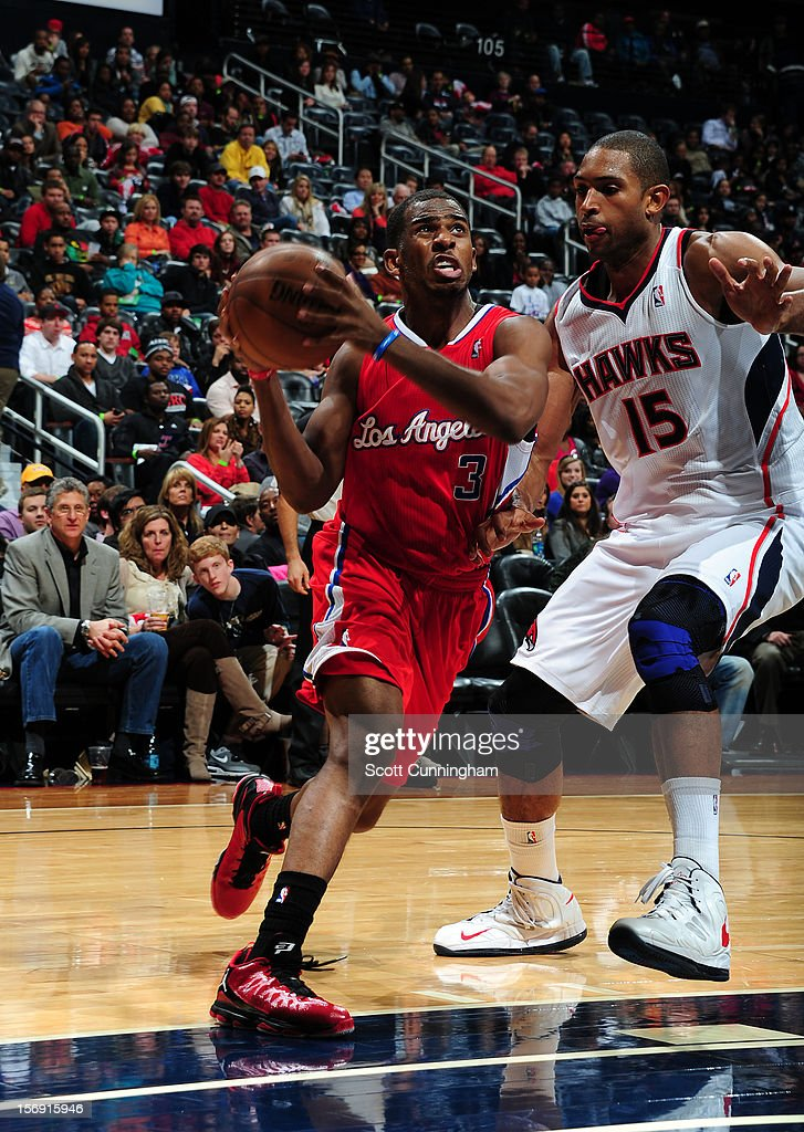 Chris Paul #3 of the Los Angeles Clippers drives to the hoop vs the Atlanta Hawks at Philips Arena on November 24, 2012 in Atlanta, Georgia.