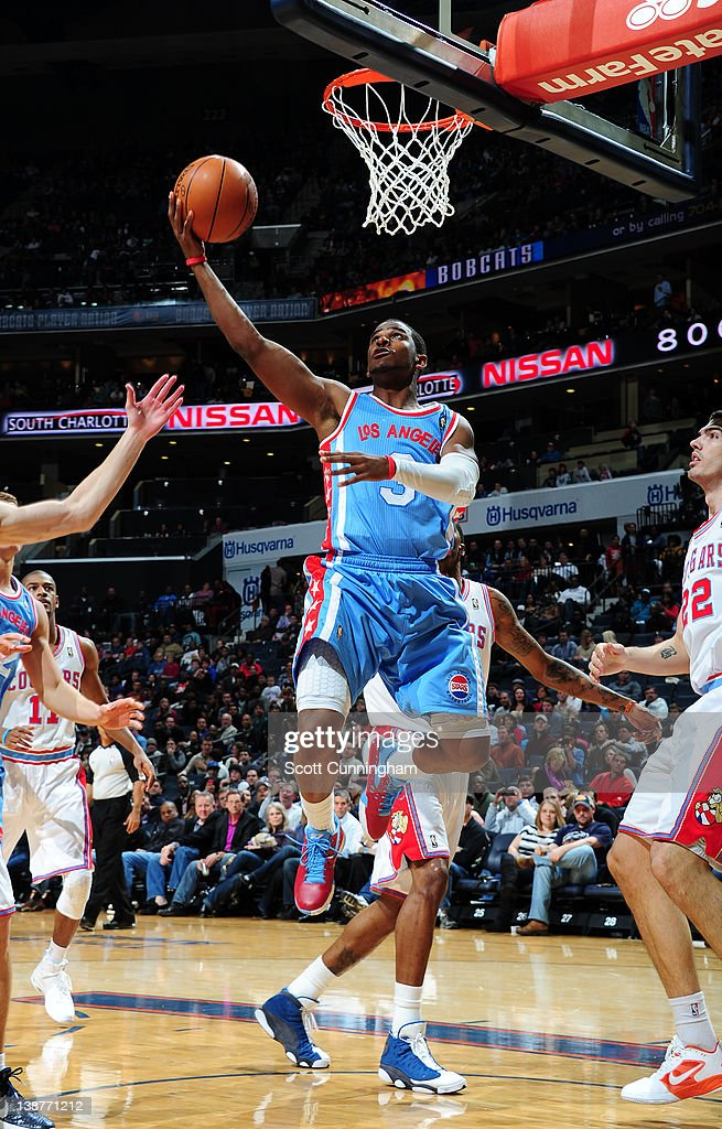 <a gi-track='captionPersonalityLinkClicked' href=/galleries/search?phrase=Chris+Paul&family=editorial&specificpeople=212762 ng-click='$event.stopPropagation()'>Chris Paul</a> #3 of the Los Angeles Clippers goes to the basket during the game between the Los Angeles Clippers and the Charlotte Bobcats on February 11, 2012 at Philips Arena in Atlanta, Georgia.