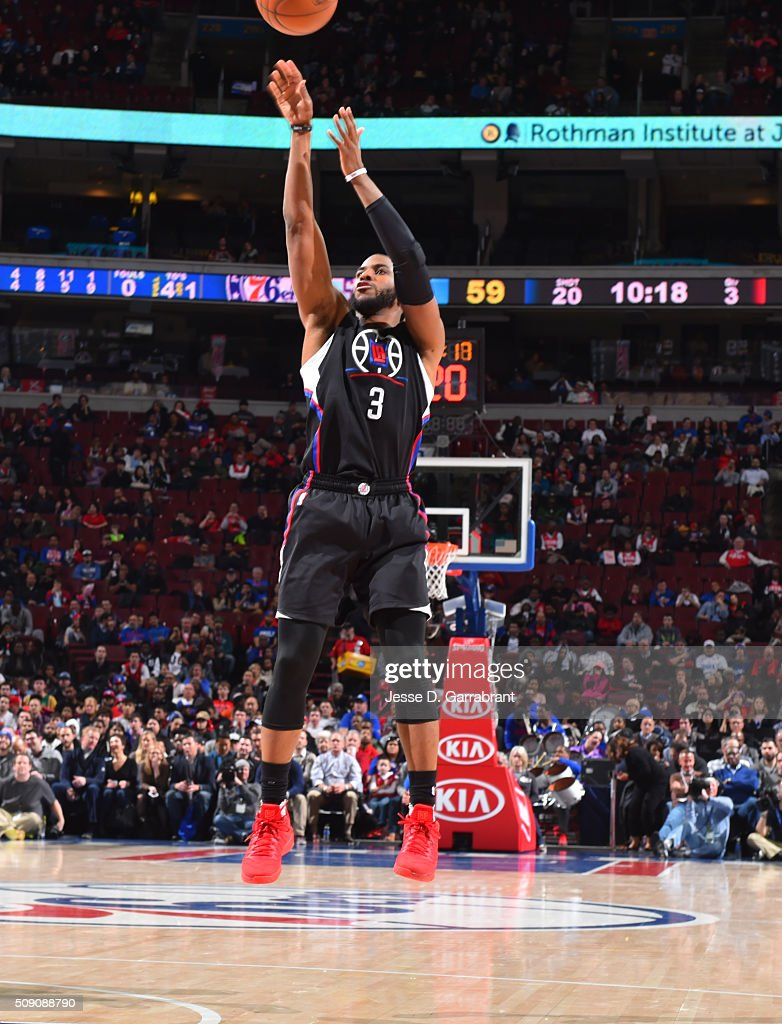 <a gi-track='captionPersonalityLinkClicked' href=/galleries/search?phrase=Chris+Paul&family=editorial&specificpeople=212762 ng-click='$event.stopPropagation()'>Chris Paul</a> #3 of the Los Angeles Clippers shoots the ball against the Philadelphia 76ers at Wells Fargo Center on February 8, 2016 in Philadelphia, Pennsylvania