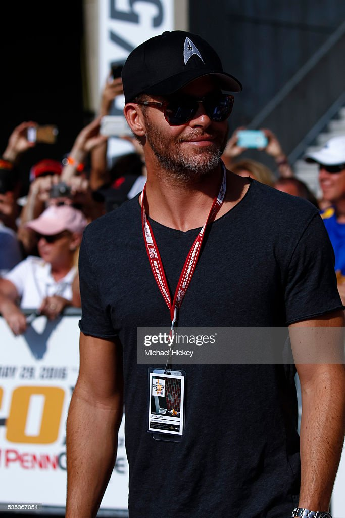 <a gi-track='captionPersonalityLinkClicked' href=/galleries/search?phrase=Chris+Pine&family=editorial&specificpeople=641995 ng-click='$event.stopPropagation()'>Chris Pine</a> arrives at the Indianapolis Motor Speedway on May 29, 2016 in Indianapolis, Indiana.