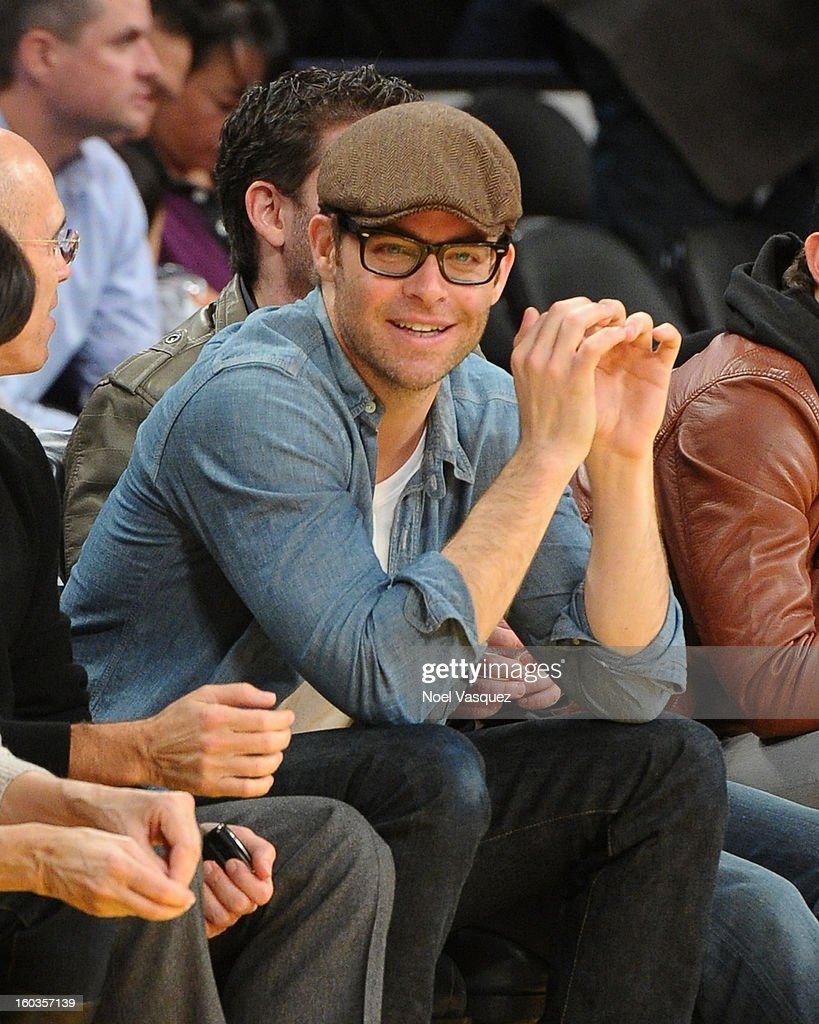 Chris Pine attends a basketball game between the New Orleans Hornets and the Los Angeles Lakers at Staples Center on January 29, 2013 in Los Angeles, California.