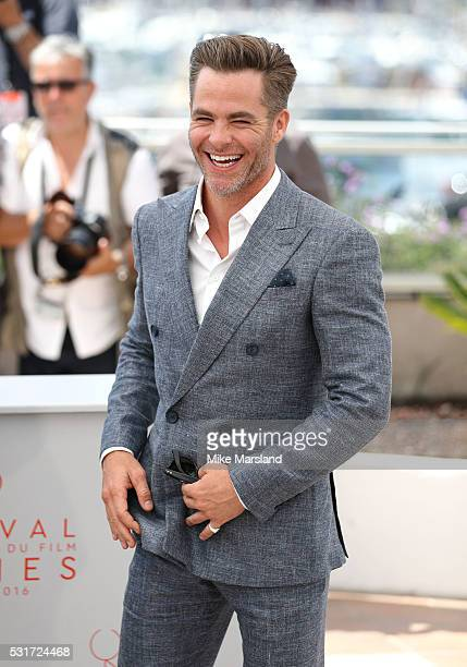 Chris Pine attends 'Hell Or High Water' Photocall during the The 69th Annual Cannes Film Festival on May 16 2016 in Cannes