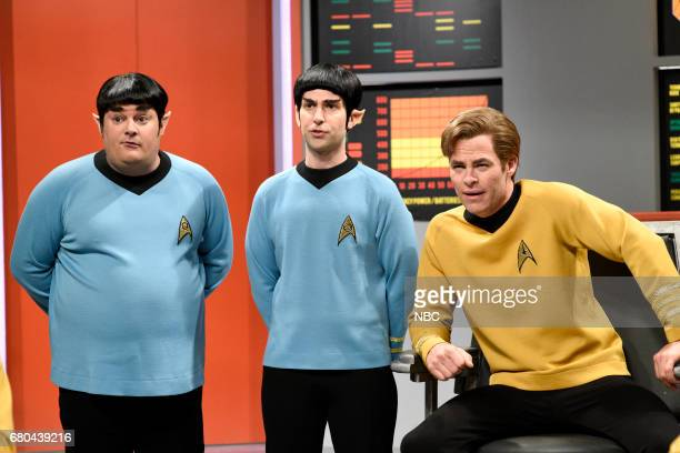 LIVE 'Chris Pine' Episode 1723 Pictured Bobby Moynihan as Spocko/Sal Delabate Kyle Mooney as Spock Chris Pine as Captain James T Kirk during 'Star...